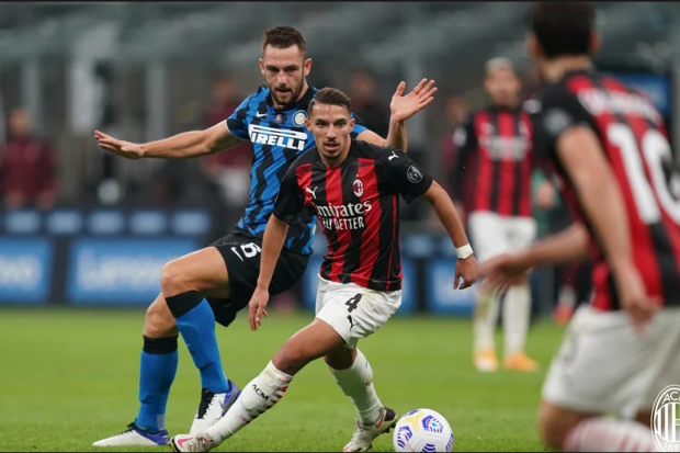 Ibrahimovic offre le derby au Milan AC contre l'Inter — Serie A