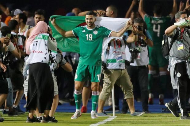CAN 2019 - Algérie : forfait confirmé pour Atal, Feghouli souffre du mollet