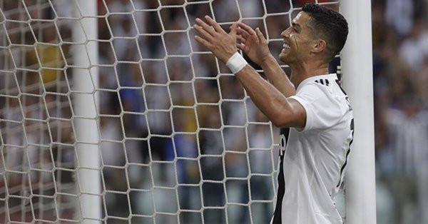 Juventus : le bel hommage de Cristiano Ronaldo à Allegri