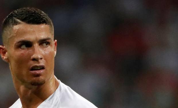 Cristiano Ronaldo fond en larmes en parlant de son père