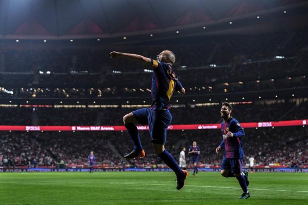 Le Barça crée un maillot en hommage à Iniesta