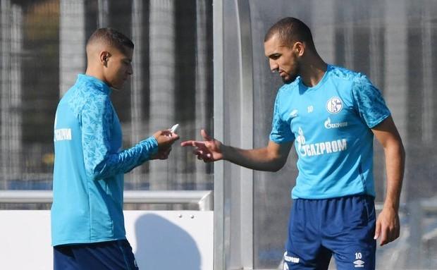 Bentaleb d'attaque face au Bayern Munich — Bundesliga