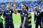 La belle accolade entre Mahrez et Guardiola au terme du match face à Brighton (Vidéo)