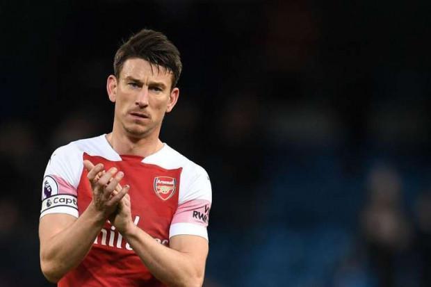 Koscielny part au bras de fer avec Arsenal