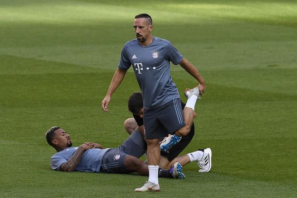 Mercato Bayern: Ribéry parti pour rester ?