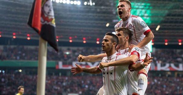 Le Bayern Munich signe un nouveau carton — Coupe