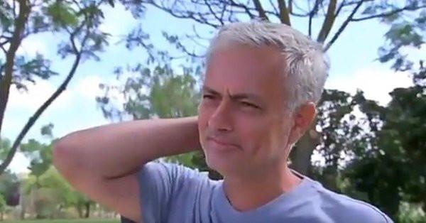 José Mourinho fond en larmes en pleine interview