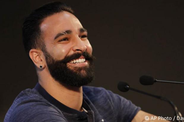Le contrat d'Adil Rami a été résilié