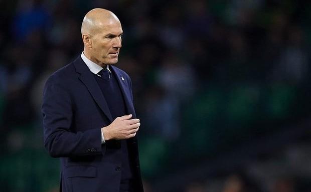 Real Madrid : Zidane veut garder une équipe solide après le mercato