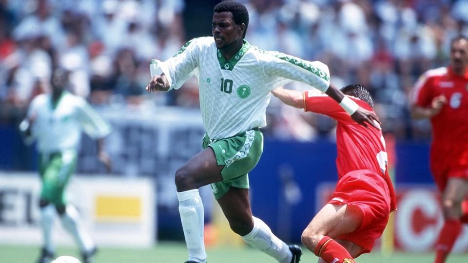 Photo les grandes victoires arabes en coupe du monde - Meilleur buteur coupe du monde 1994 ...